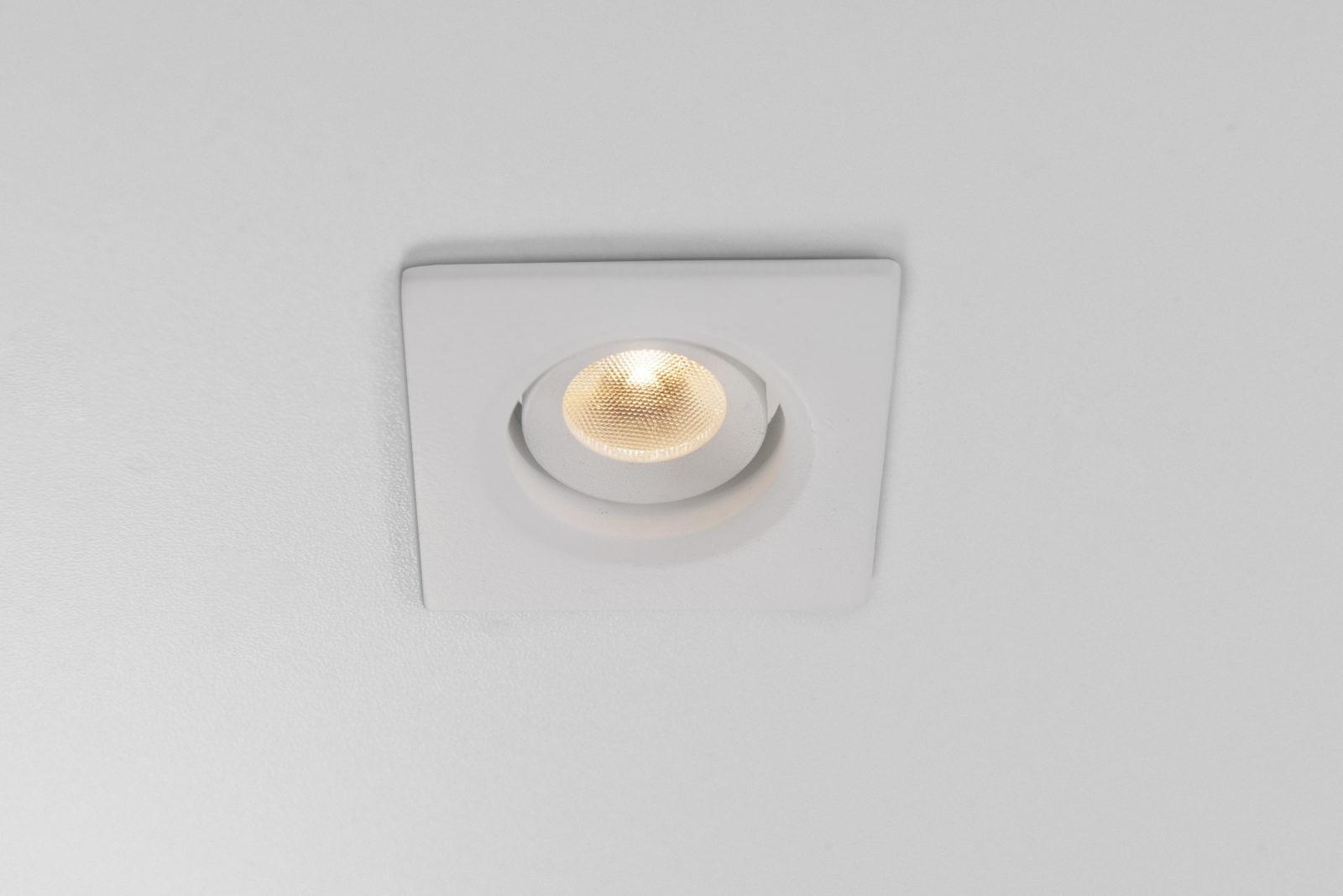 Luminária Punto Quadrada
