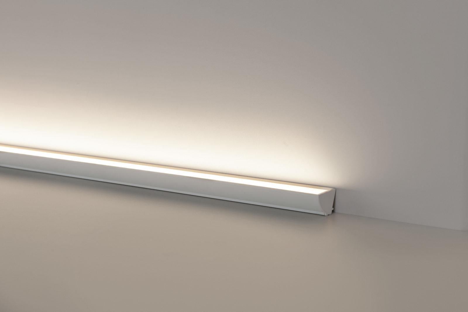 Luminária Linea Assimétrica