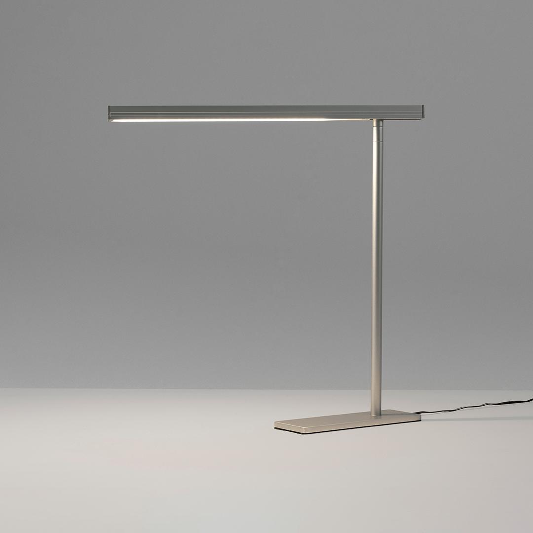 Luminária Linea de Mesa